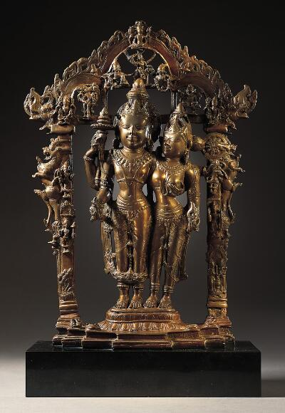 Vishnu and Lakshmi with his Avatars and Attendants